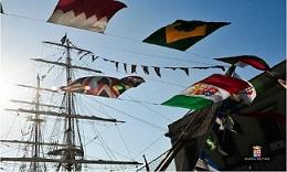 ...vele al vento sull'Amerigo Vespucci